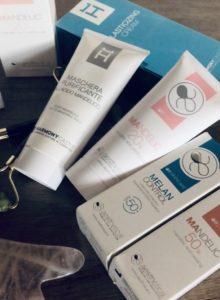 Acido mandelico per la cura della pelle